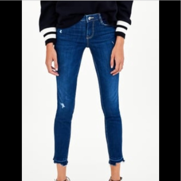 babef283 🆕 ZARA Low rise/ Push-up Body Curve Jeggings ♥️♥️ NWT